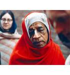 Srila Prabhupada wearing Red Chaddar