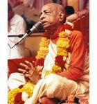 Srila Prabhupada at New Dwaraka, Giving Class